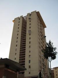 edificio de 15 p en txotena / afopres
